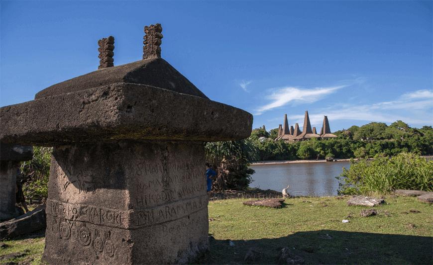 Sumba-megalithic-tours