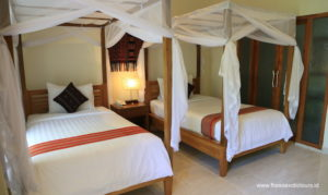 Twin room Puri Sari Beach Hotel