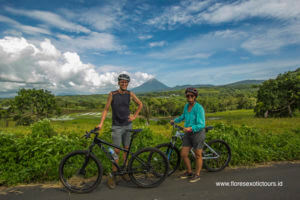 Flores adventure cycling