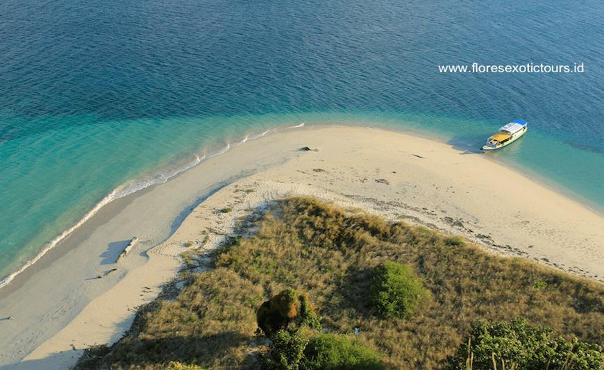 Riung 17 Islands